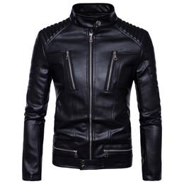 Venta al por mayor de Chaqueta de cuero delgada de los hombres hombres lavado de agua chaqueta de cuero de la motocicleta chaqueta exterior 2017 nuevo top
