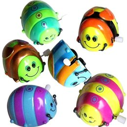 Small Army Toys Canada - Clockwork Clockwork toys wholesale children's toys on a small beetle will run will be circling somersault Toys