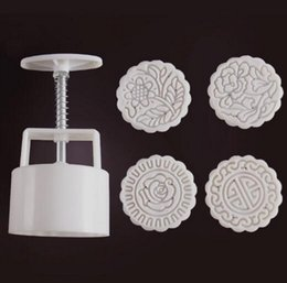 flower stamp mould NZ - 125g Round shape Traditional flower Moon Cake Molds with 4 Stamps plastic hand pressure chinese moon cake mould,5sets lot.