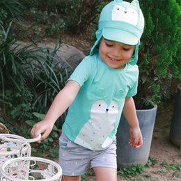 Shorts Shorts Pas Cher-2017 Costumes de natation pour dessins animés New Baby Boys (top + shorts + casquette) Summer Kids Boy Cute Hot Bathing Swimwear Children Swim Trunk Shorts