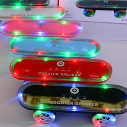 $enCountryForm.capitalKeyWord NZ - Skateboard Bluetooth Wireless scooter Speaker Mobile Audio Mini Portable Speakers with Led Light Christmas gift