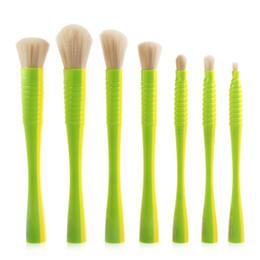 $enCountryForm.capitalKeyWord Canada - 7pcs set Makeup Brushes Set Flat Blush Eyeshadow Foundation Power Small Wait Handle Design Contour Make Up Beauty Brush Cosmetic Tools