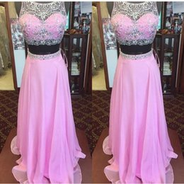 Barato Duas Peças Vestidos De Festa À Noite-Fabulous Two Pieces Prom Dress Sheer Neck sem mangas de cristais Beads Crop Top Long Formal Pink Prom Dressess Evening Party Gowns