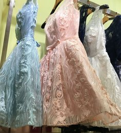 Barato Barato Pêssego Curto Vestidos-Sexy Peach Sky Blue Lace Homecoming Vestidos 2017 Short Prom Vestido com mangas Peach Evening Gowns Cocktail Party Graduação Vestidos baratos