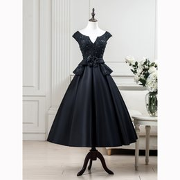 Robe De Longueur De Thé En Lacet Pas Cher-2017 Real Pictures Black Formal Long Robes de soirée Wear Satin Lace-up Tea-Length Backless Peplum Nouvelle occasion spéciale pour femmes Robes de bal