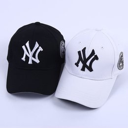 5373ffa7aec Adjustable Snapbacks Hats NY Baseball Caps Snapbacks Hats Adjustable Cap  Popular Hiphop Hat Men Women Ball Caps Christmas Snapback Sport cap