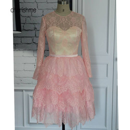 Barato Mini-saia Cor-de-rosa Barata-Jewel Collar Pink Lace Três Camadas Saia Sheer Neck Lace Mangas Longas Short Mini Cheap Cocktail Dresses 2017 real photo