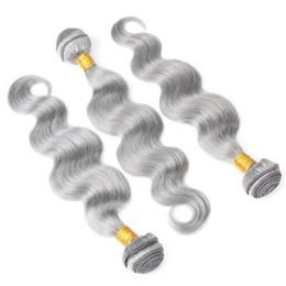 Venta al por mayor de Astilla Gris Paquetes Onda del cuerpo Virginal malasia El cabello humano teje 8a Grado Onda del cuerpo Extensiones de cabello humano 3 Unids / lote Doble tramas