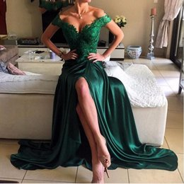 Longues Robes En Satin Fentes Pas Cher-Emerald Green Robes de soirée 2016 Off the Shoulder Appliqued with Lace High Side Slit Long Backlss Prom Party Gowns