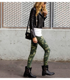 Barato Mulheres Calças De Camo Verde-2017 New Women's S-XXXXXL Plus Size Chic Camo Army Green Skinny Jeans para mulheres Femme Camouflage Cropped Pencil Pants