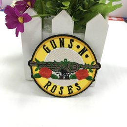 "Wholesale Embroidered Jackets Canada - new arrival music ""GUNS N' ROSES "" Rock Band Iron On Sew Applique Embroidered Patch for Jacket Jeans Clothing Badge"