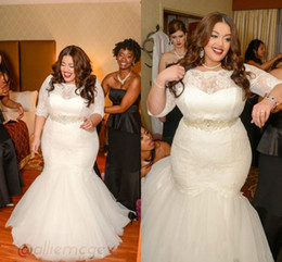 Plus Size Mermaid Lace Wedding Dresses Half Sleeves Sheer Illusion Floor Length Sashes Beads Bridal Gowns Covered Button 2017 Hot Sale
