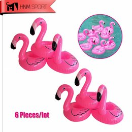 Jouets De Natation En Gros Pas Cher-Vente en gros - 6pc / Lot Mini Cute Fanny Toys Flamingo Floating Inflatable Drink Coke Can Holder pour piscine Bathing Beach Party Cadeaux pour enfants