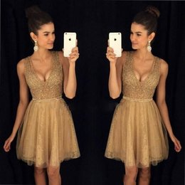 Cheap Clubbing tops online shopping - Gold Little Short Homecoming Dresses Crystals Beaded Top A Line Scoop Neckline Tulle Lace Short Prom Cocktail Party Cheap Gowns DTJ