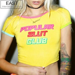 T-shirt À Tricoter À L'est Pas Cher-Vente en gros- EAST KNITTING JST018 2017 Summer Tops Candy Color Crop Top Tumblr Tees POPULAR SLUT CLUB Printed Sexy Slim T-shirt