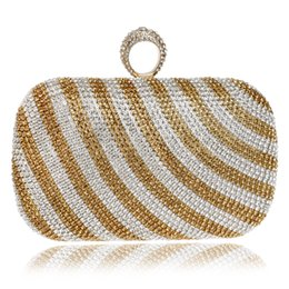 China New Arrival Strip Design Women Evening Bags Finger Rings Diamonds Purse Day Clutches Bags One Side Lady Handbags For Wedding suppliers