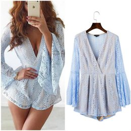Robe Sexy Élégante Pour Femmes Pas Cher-Autumn Winter Style See Though Back Elegant Hollow Out Femmes Costumes Lace Long Sleeve Sexy Party Jumpsuits Short Rompers