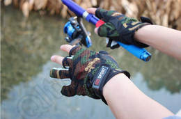 Finger Cut Gloves Canada - New Durable High Quality Fishing Hunting Gloves Pack 3 Cut Finger Anti Slip Green Camo Camouflage Outdoor Sports Glove Free Size