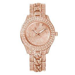 $enCountryForm.capitalKeyWord NZ - Fashion Trend Diamond Watches High-grade Alloy Geneva Set Auger Watches Men Women Luxury Watches 02