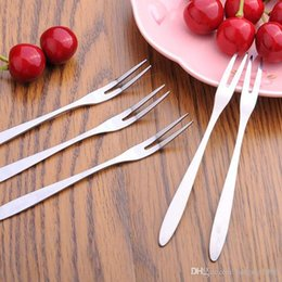ExquisitE fruit online shopping - Stainless Steel Fork Exquisite Double Tooth Forks Fruit Salad Cake Snack Dessert Prong Practical Dinnerware Hot Sale dr F R