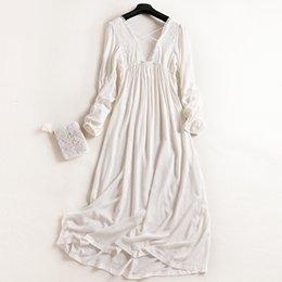 d32977685 Venda por atacado - Frete grátis 2017 nova princesa das mulheres brancas longas  pijamas de renda camisola de verão pijamas senhoras pijamas femininos