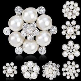 Bijoux Wedding NZ - Crystal Rhinestone And Imitation Pearl Brooch Silver plated Snowflake Style Brooches brooches for wedding bouquets bijoux 170732