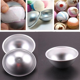 $enCountryForm.capitalKeyWord Canada - Hot Sale 20pcs set 3D Aluminum Alloy Ball Sphere Bath Bomb Mold Cake Puddings Pan Tin Baking Pastry Mould 3 Size