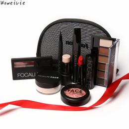 $enCountryForm.capitalKeyWord NZ - Wholesale- High Quality FOCALLURE Makeup Toolkit 8PCS Must Have Cosmetics Makeup Set With Makeup Bag Free Shipping