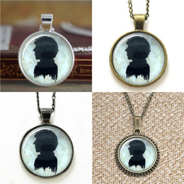 Discount silhouettes glasses - 10pcs SHERLOCK Silhouette Pendant Sherlock Holmes Glass Photo Necklace keyring bookmark cufflink earring bracelet