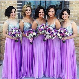 Barato Vestido De Dama De Honra Cintas Longo Roxo-Sparkly Purple Vestidos de dama de honra A Line Spaghetti Strap Beaded Sequined Chiffon Wedding Guest Dress Long Pleats Zipper Cheap Party Gowns
