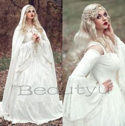 Großhandel Renaissance Gothic Lace Ballkleid Brautkleider Mit Mantel 2017 Plus Größe Vintage Bell Langarm Celtic Mittelalterliche Prinzessin Brautkleid