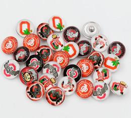 Mélangé 50 pcs Le bouton pression de verre NCAA Ohio State Diy bijoux accessoires style bijoux de charme en Solde