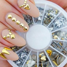 Barato Etiquetas Da Arte Do Prego Punk-Novo Silver / Gold 3D Glitter Metal Nail Art Decoração Round Wheel Stickers Square Punk Rivet Studs