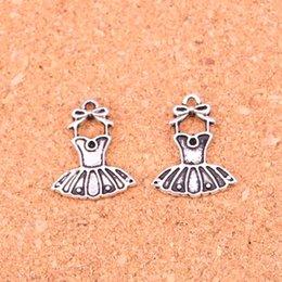 Commercio all'ingrosso 110 pz moda argento antico tutu di balletto vestito ballerina gonna pendenti in metallo pendenti per gioielli fai da te risultati 20 * 16mm