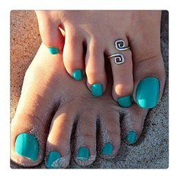 Venta al por mayor de Venta al por mayor de moda mujeres anillos del dedo del pie femenino Vogue simple nueva suerte 8 palabras anillo retro del dedo del pie ajustable playa pies anillos joyería del cuerpo envío gratis
