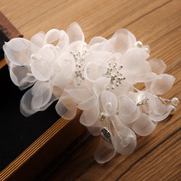 Lace pearl wedding decorations online lace pearl wedding bridal headpiece headpieces for wedding flower girl hair accessories wholesale bridal wedding hair accessories silk flower party decoration junglespirit Gallery