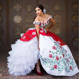 $enCountryForm.capitalKeyWord Australia - Vintage 2017 White And Red Organza Cascading Ruffle Ball Gown Quinceanera Dresses Cheap Off Shoulder Embroidery Tiered Sweet 16 Dress EN1026