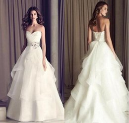 Cheap Pretty A Line Organza Wedding Dresses Sweetheart Pleats Tier Ruffles Lace Up Back Long Bridal Gowns Affordable Simple