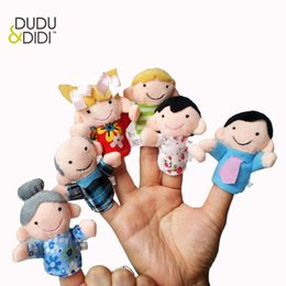 cute puppets UK - NEW 6pcs Family Style Velvet Finger Puppet Play Learn Story Toy Cute Cartoon Finger Puppets WJ305