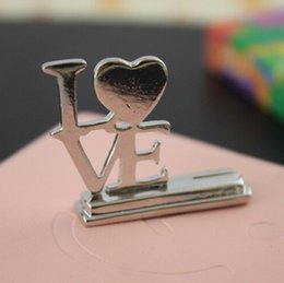 $enCountryForm.capitalKeyWord Canada - Love Alloy Seats Clip European Style Creative Couple Products Wedding Banquet Seat Card Clips Memo Photo Holder Craft Gift 2 8yk F R