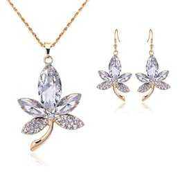 Jewelry Maple Gold Plate Canada - Fashion Gold Plated Indian Jewelry Set New Maple Leaf Pendant Necklace Blue Crystal Earrings Wedding Sets For Women