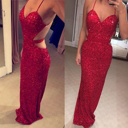 Barato Longo Vestido Vermelho Cintas De Espaguete-Sexy Spaghetti Straps Red Sequined Prom Dresses Long Cutaway Sides Backless Sleeveless Party Dresses Formal Sheath Prom Gowns
