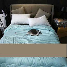 Brand Quilt Canada - luxury New Quilt comforter queen size brand bedding 200&230cm