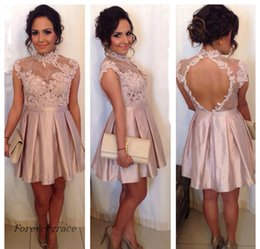 Barato Barato Pêssego Curto Vestidos-2017 Peach Pink Cocktail Dress Cheap A Line Sheer High Neck Applique Backless Holiday Club Wear Vestido de festa Homecoming Plus Size Custom Make