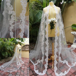 Chapeaux De Cape Bon Marché Pas Cher-Elegant Long nuptiale Wraps Lace Appliqued Bridal Coat Vestes d'hiver bon marché Wedding Capes Wraps Bolero Jacket Wedding Dress Wraps Custom Made