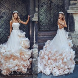 Barato Vestido De Noiva Querida Babados-Gorgeous 2017 Wedding Dresses Sweetheart Decote Bead Sash Backless Vestidos de casamento Sweep Length Ruffle Bridal Ddress