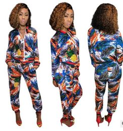 Costume De Sport De Dames Pas Cher-Nouveaux vêtements de sport pour femmes Chaussures imprimées de graffiti de mode Jogging Sport Suit pour Ladies Leisure Tracksuit Vestes de baseball coat + Sweatpants