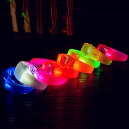Discount glow sticks club - Music Activated Sound Control Led Flashing Bracelet Light Up Bangle Wristband Club Party Bar Cheer Luminous Hand Ring Gl