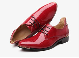 $enCountryForm.capitalKeyWord UK - Wedding Rivets Bottom Dress Shoes Red 2017 Mens Cow Leather Mixed Colors Lace Up Shoes Hasp Fashion Shoes Flats Breathable