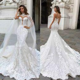 2018 vestidos de novia de encaje de sirena magnífica con cuello escarpado cuello hundido vestido de boda bohemio Appliqued Plus Size Vestidos de novia De Novia